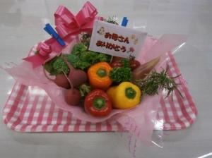 食育ソムリエによる「野菜アレンジメント」